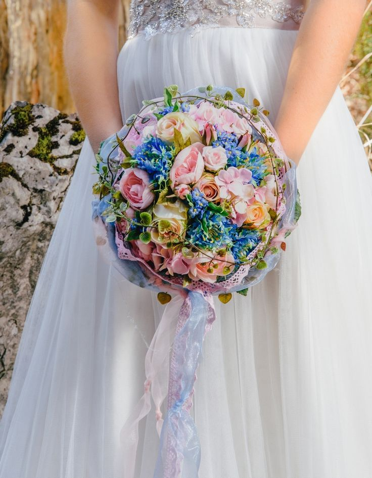 16 besten Brautstrau Hochzeit Bilder auf Pinterest  Runde Brautstrauss blau und Brautstrau rund
