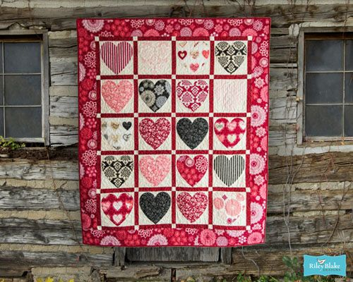 154 Best Quilt Love Valentines Images On Pinterest Heart Quilts