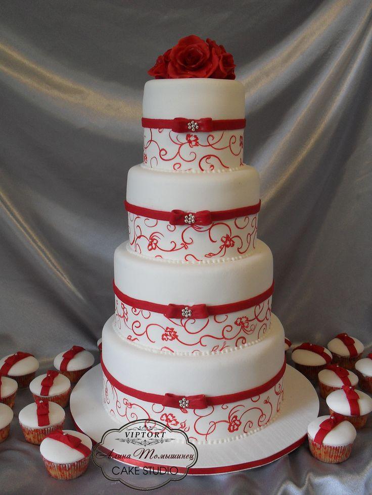 Round Wedding Cakes - red wedding cake