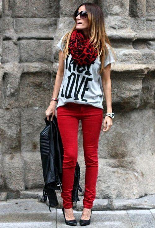 ¡Las 5 mejores maneras de usar jeans rojos!