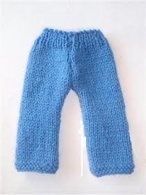 Les mains dans la tête: Pantalon en tricot pour poupée