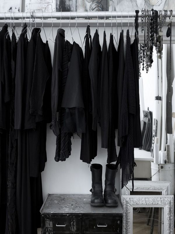 Fotograf. Black Wardrobe ClosetWork ... - Best 25+ Black Closet Ideas On Pinterest Walk In, Open Wardrobe