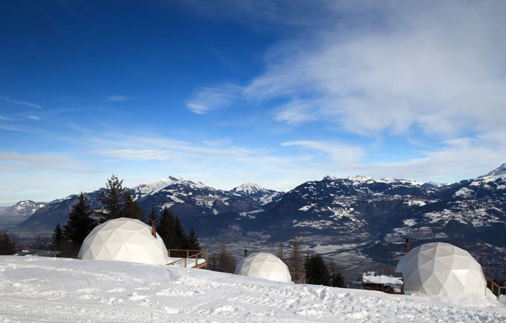White pod igloo hotel.  http://blog.favoroute.com/top-10-eco-travel-hotels/