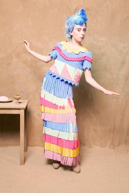 Garland blouse, Hula skirt 'A-Lu-Ha' - Lu Flux Spring Summer 2012: Flux Spring, Aluha Collection, Garlands Blouses, Lu Flux, Hula Skirts, Skirts A Lu Ha, Luflux, Flux Collection, Design