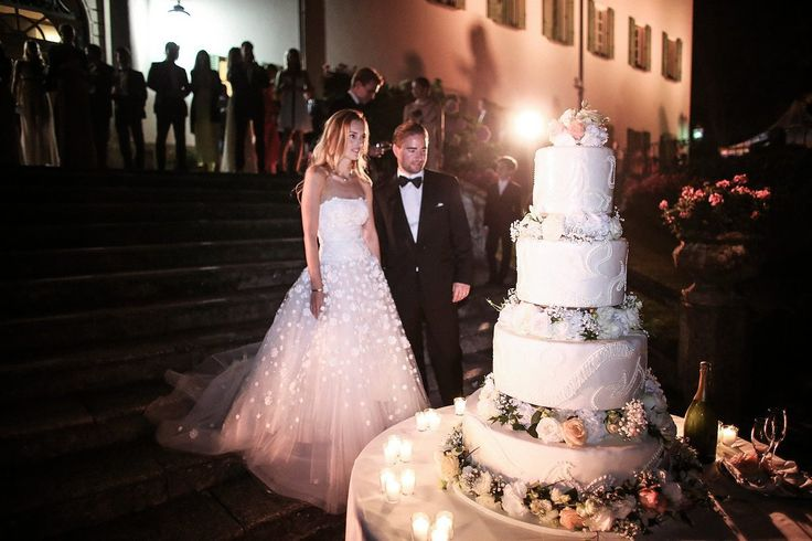The Best Wedding Cakes in _Vogue_