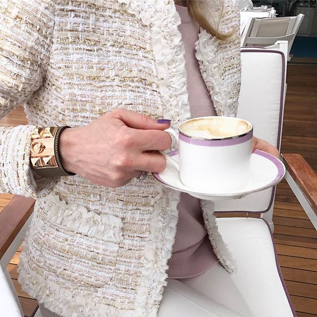 Good morning ☕️today Kate jacket #veronicavirta #tweed tweedjaclet #fashion #coffee #goodmorning