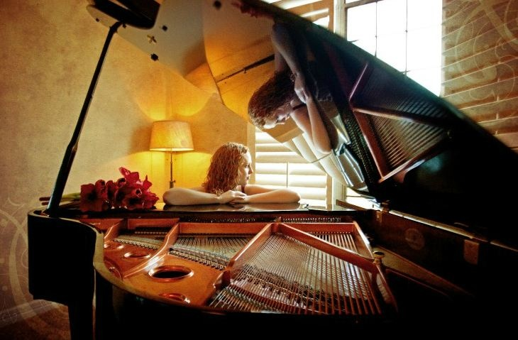 Portraits by Elizabeth - piano reflection