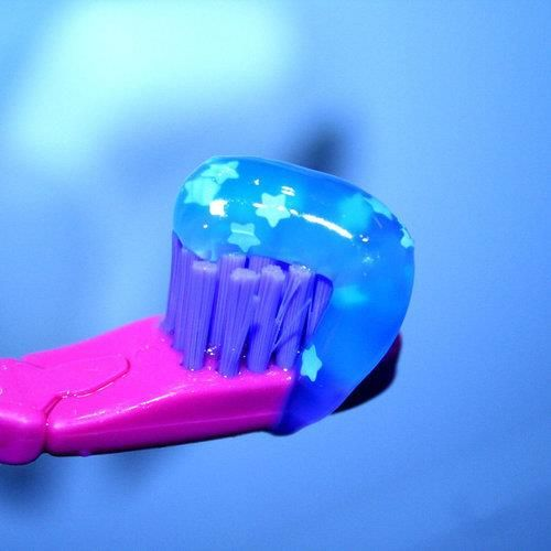 Toothpaste With Stars For Truly Sparkling Teeth Www