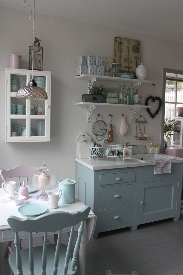 Love  the pastel colours and  the vintage looking shelves