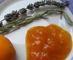 Confettura di albicocche alla lavanda - Cucina Naturale