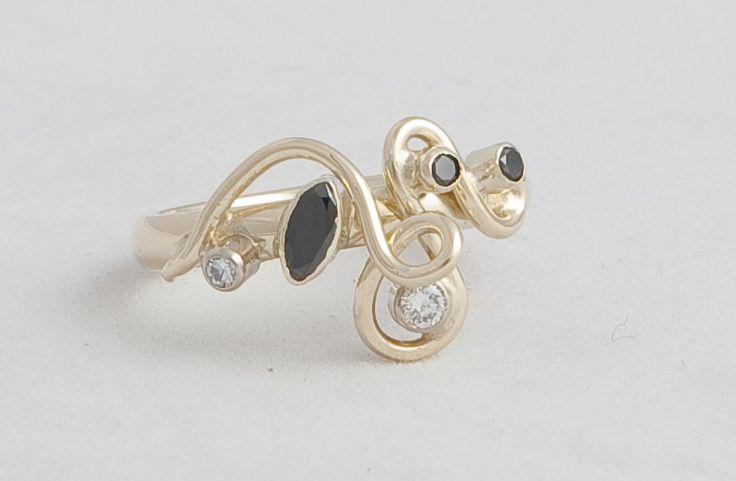 zwarte en witte diamanten... Voor als je wat anders durft: Mariska Timmer Collectie