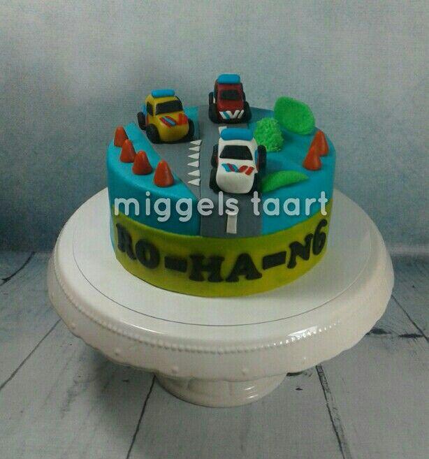 Police,  ambulance, firemantruck cake/hulpdiensten taart