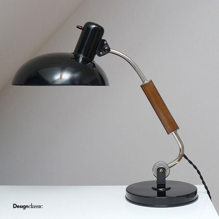Cute SIS lamp