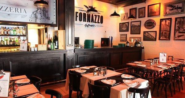 A simpática pizzaria Fornazzo, na Rua Érico Verissimo.