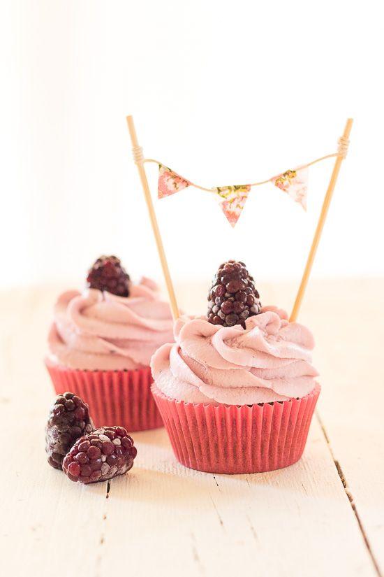 Cupcakes moras y yogur griego