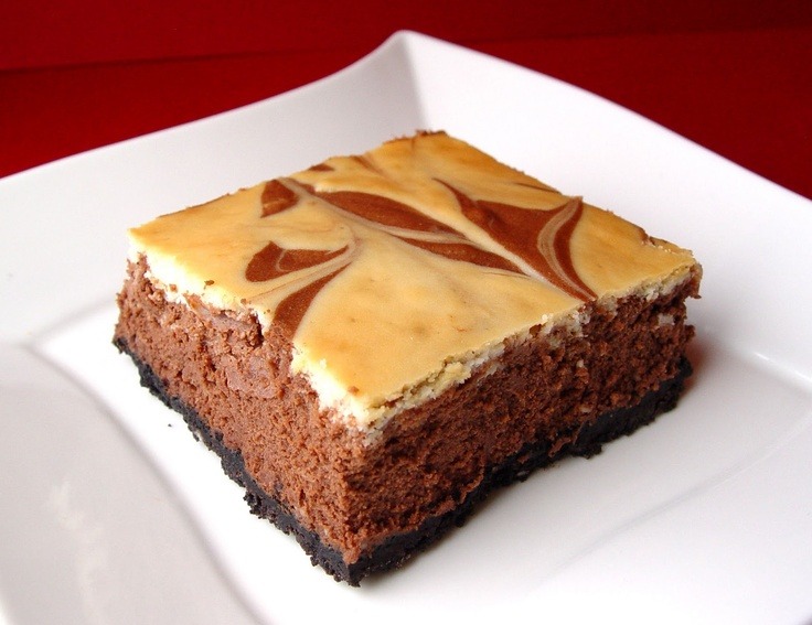 Chocolate Swirl Cheesecake BarsS'Mores Bar, Cheesecake Bars, Sweets Treats, Dessertstasti Treats, Chocolates Swirls, Jamie Cooking, Swirls Cheesecake, Bar Desserts, Cheesecake Brownies