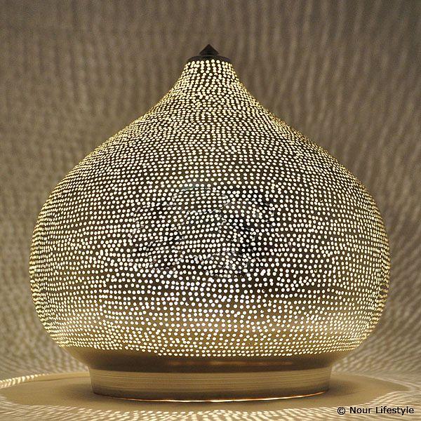 arabische lampen egyptische oosterse lampen en woonaccessoires patio styling wit pinterest. Black Bedroom Furniture Sets. Home Design Ideas