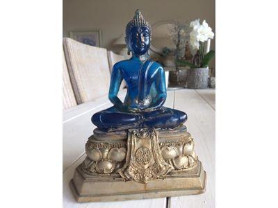 Buddha, Massiv 22 cm høj.