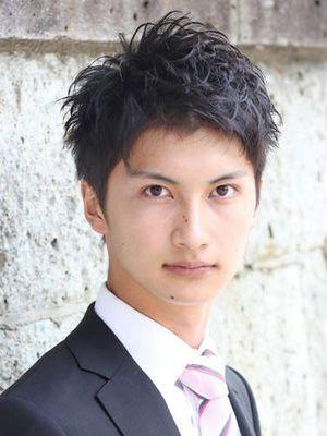 【エラ張り男子】似合うヘアスタイルの法則【メンズ髪型】 - NAVER まとめ