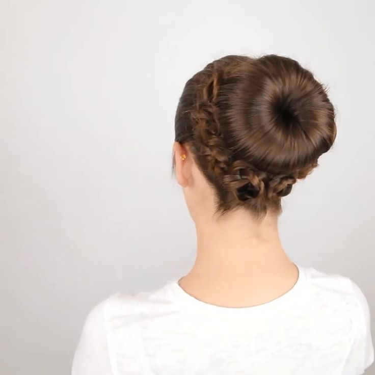 BEAUTIFUL BUN HAIRSTYLES -  Beautiful bun hairstyles 😍  - #Beautiful #Bun #diyhairstyleslong #hairstyles #hairstylesweddingguest