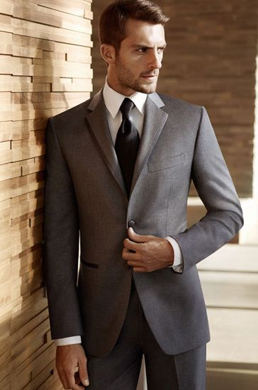 Vera Wang Gray Tuxedo | Vera-Wang-wedding-suit-Two-Button-Gray-Satin-Edge-Groom-Tuxedo1