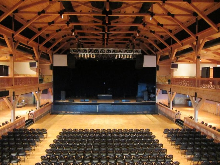 Penn's Peak the Concert Hall hall / orditorium
