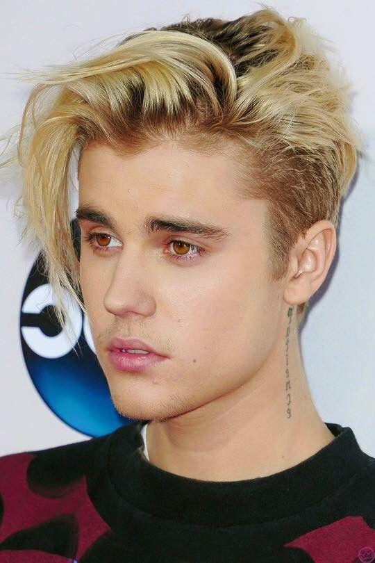 Justin Bieber Frisur 2015 Blond Moderne Männliche Und Weibliche
