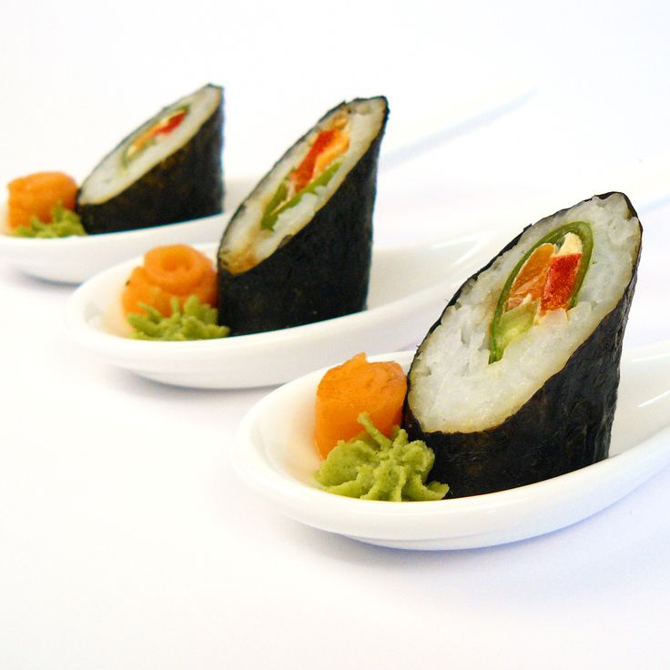 Eden Catering   Cocktail Sushi on China Spoons