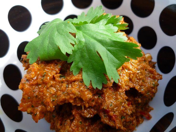 Zelf tikka masala currypasta maken is ontzettend lekker! Deze Tikka masala currypasta en het gerecht Tikka masala zijn geïnspireerd op die van Jamie Oliver.