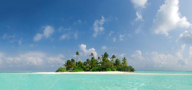 Desert Island - Desert Maldivian Island.