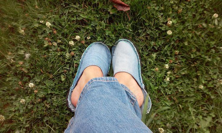 Papuci de casă – Idei de refolosire blugi (2) – La Mihu
