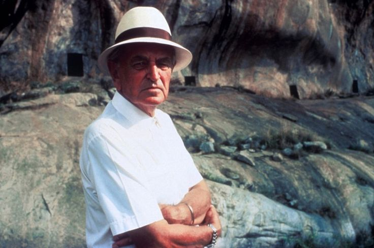"""David Lean on location for """"A Passage to India"""" (1984)."""