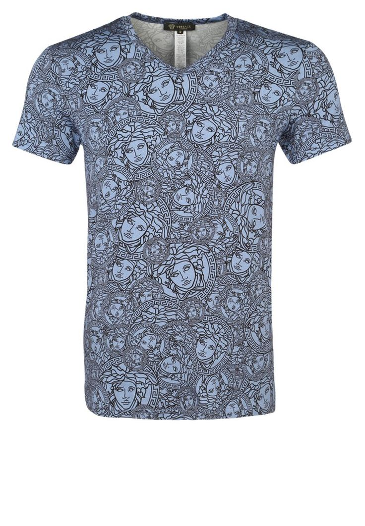 Versace Tshirt z nadrukiem bluette nero 629.00zł Materiał: 90% wiskoza, 10% elastan #moda #fashion #men #mężczyzna #versace #tshirt #z #nadrukiem #bluette #nero #niebieski #face