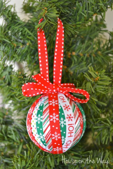 christmas ribbon ornament craft, christmas decorations, crafts, seasonal holiday decor