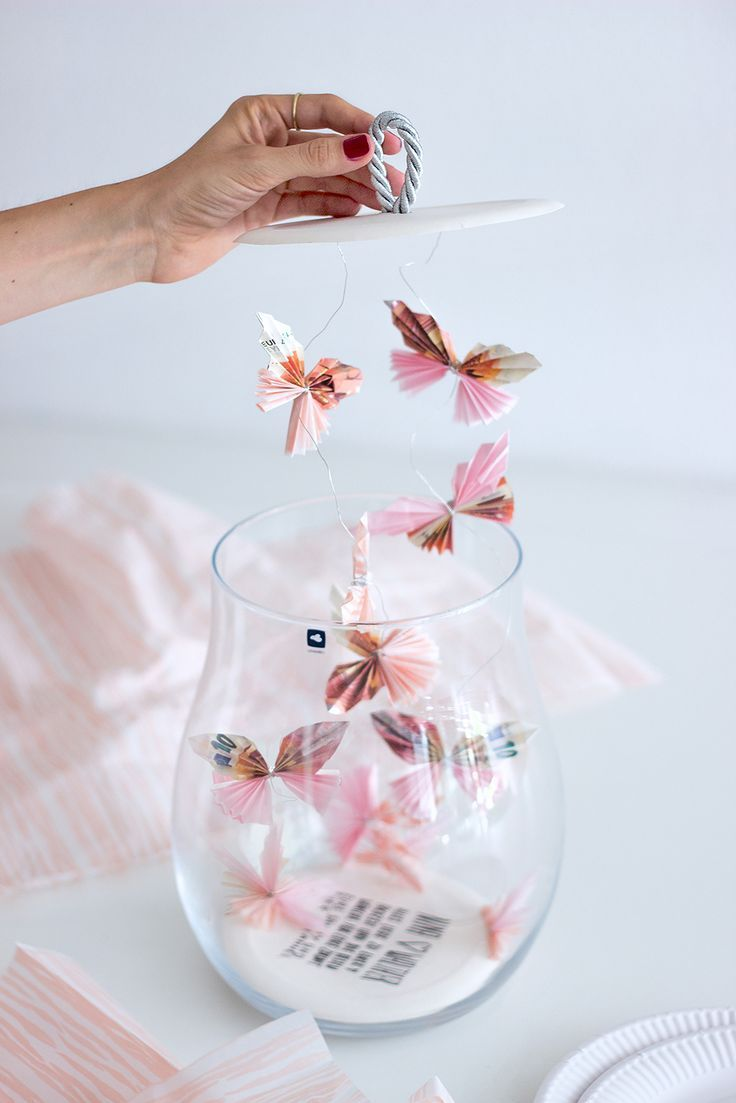 Creative packaging ideas for a money gift and jewelry