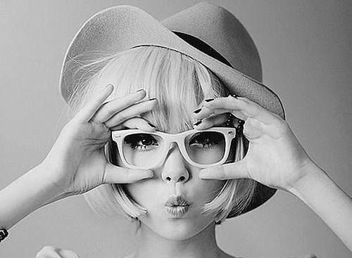 """""""A imagem pessoal (aparência, comunicação e comportamento) está no planejamento estratégico do seu Branding Pessoal. Porém o conceito de imagem traz mensagens que vão além da aparência. Quer conhecer essas mensagens? ▪ ▪ Vem conferir em giseleorzomazzo.me 👉 link na Bio 👆 ▪ ▪ ▪ ▪ #Blog #EuMarcaRegistrada #ImagemPessoal #MarcaPessoal #PoderPessoal #EstiloPessoal  #BrandingPessoal #Coaching #Coach #Pnl #Mindset #Propósito #Prosperidade #Paixão #Sucesso #Carreira #Autoconhecimento…"""
