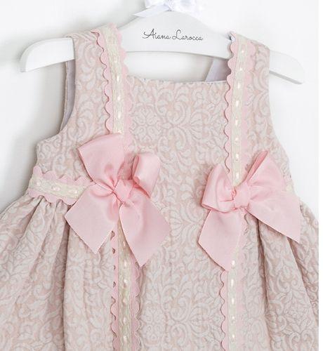 -NUEVO- Vestido bebé brocado rosa de Dolce Petit | Aiana Larocca