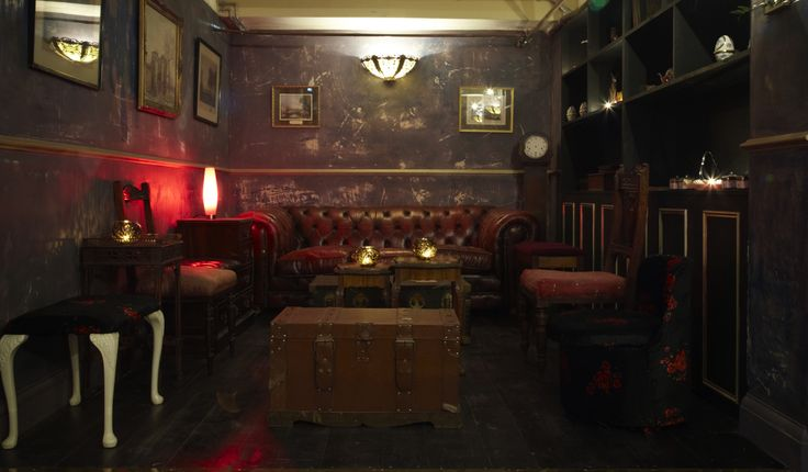 Social Concierge » Dating, Drinking & Dining in London » The Lucky Pig, Fitzrovia