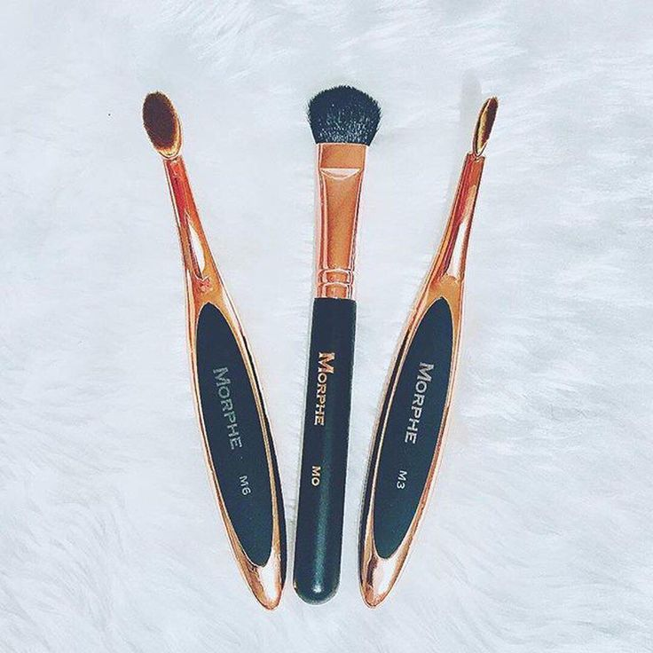 "16.9k Likes, 49 Comments - Morphe Brushes (@morphebrushes) on Instagram: ""Say hello to your new contour crew 👋 @mrsgregory91 laid out this gorgeous trio of contour brushes,…"""