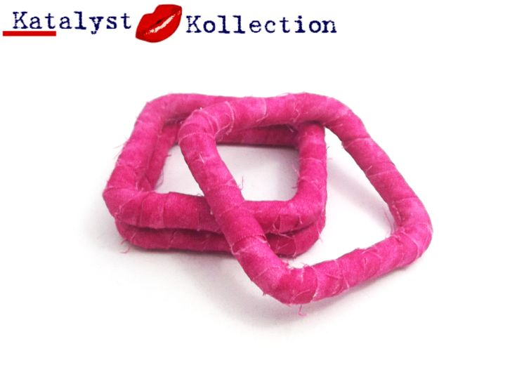 http://katalystkollection.co.za/index.php/accessories/product/307-pink-3-piece-set-square-cotton-bangles