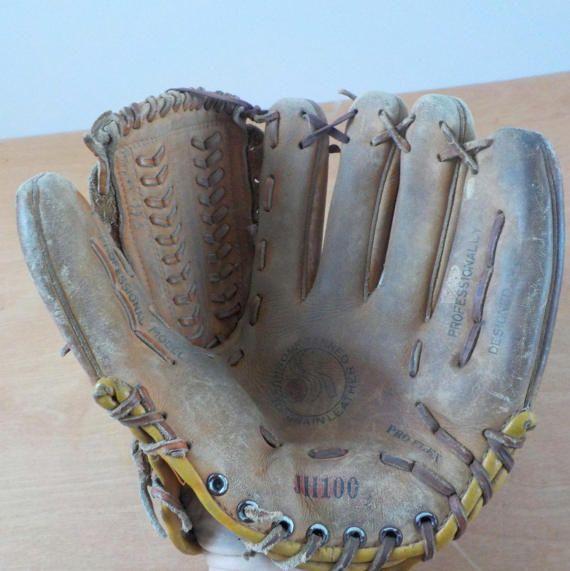 Vintage John Havlicek Baseball Glove  Mid by lisabretrostyle2