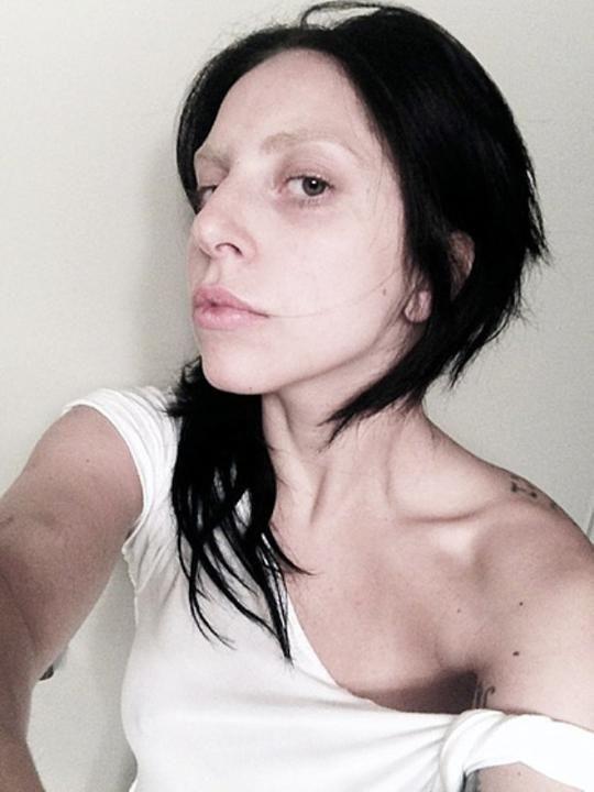 Lady Gaga sans maquillage