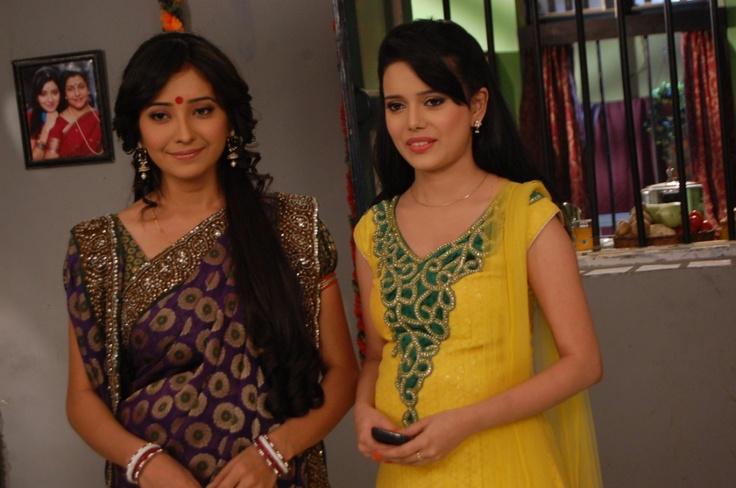 Purvi & Ovi #PavitraRishta