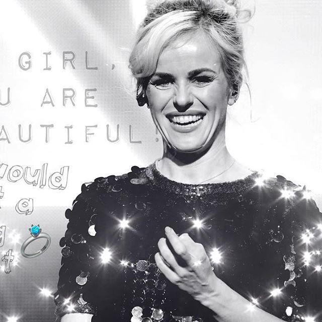 Niemand kan deze waardevolle ster vervangen! ✨Josje is een prachtige vrouw met super veel talenten!  Wij wensen haar allemaal veel succes, liefde en geluk toe! Bovendien zijn we trotse COOSJES ❤️❤️ @josjecoos we luff you