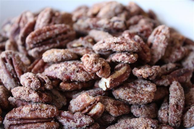 Praline Pecans:: Treats, Roasted Pecans 1, Pralines Pecans Chocolates, Praline Pecans, Pecans 1 Eggs, Prailin Pecans