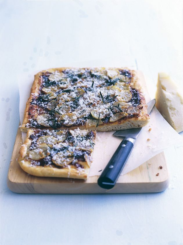 rosemary, garlic and potato pizza