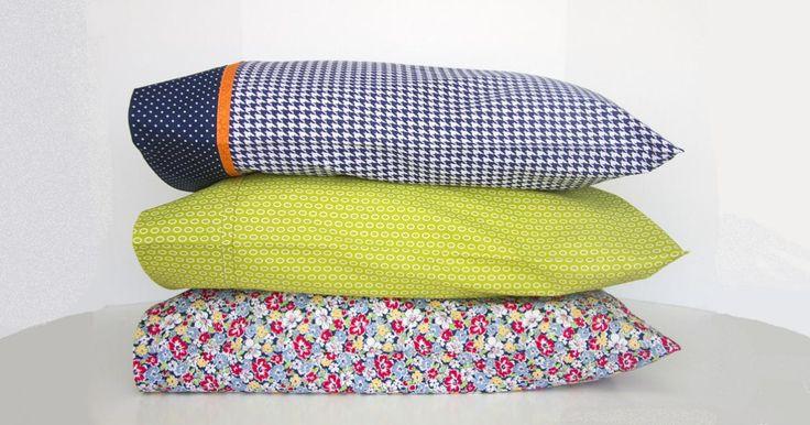 Parce qu'on use toujours les draps plus vite que les taies d'oreiller! On se retrouve toujours avec des taies d'oreillers en trop!