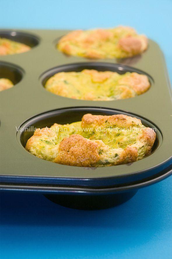 Mini suflés de espinaca y pimientos una receta baja en carbohidratos y alta en sabor/mini spinach and bell pepper souffles, a savory low carb recipe