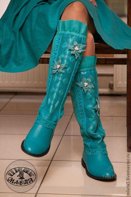 Обувь ручной работы. Ярмарка Мастеров - ручная работа сапоги кожаные с вязанием Жемчужная лагуна. Handmade.