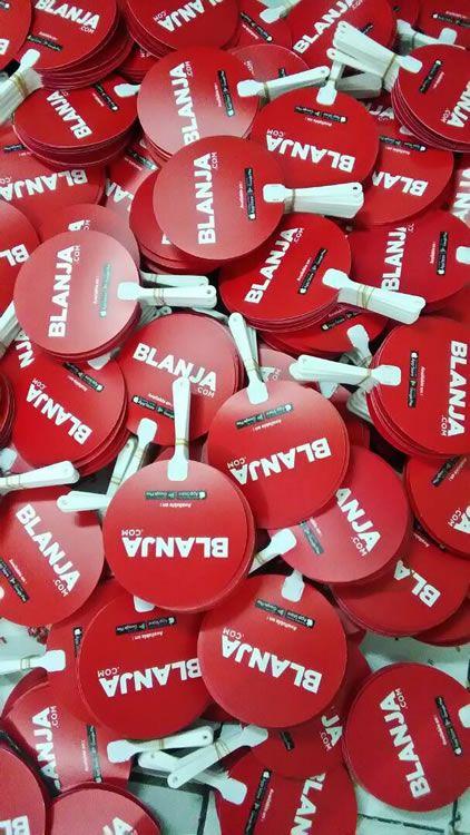 Kipas Plastik Blanja.Com – Kipas promosi berbentuk bulat dengan diamter 17 cm. Ini adalah repeat order. Mau pesan kipas plastik...